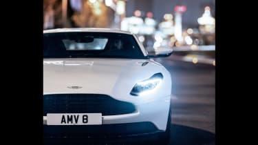 Aston Martin DB11 V8 - front 2