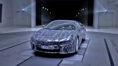 BMW i8 Spyder - teaser
