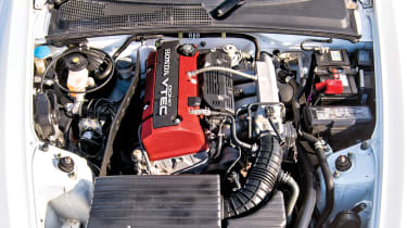 Honda S2000 – engine FC20C