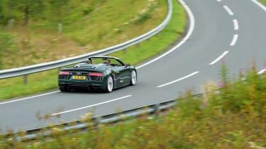 Audi R8 V10 Plus Spyder – rear quarter (distant shot)