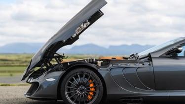Mercedes SLR McLaren - bonnet open
