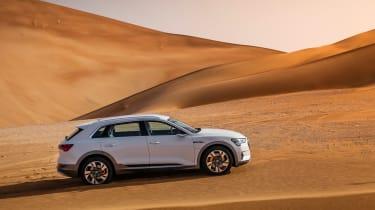 Audi e-tron 2019 offroad side