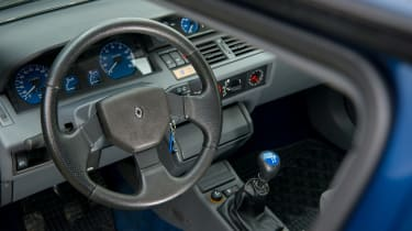 Renault Clio Williams - dash