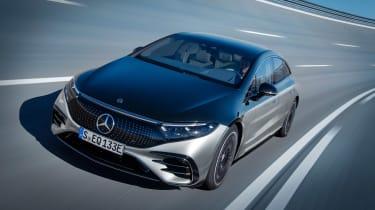 Mercedes-Benz EQS – tracking