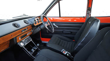 Ford Escort Mexico – cabin