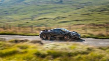 McLaren P1 v 918 Wales - P1