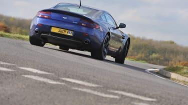 Aston Martin Vantage GMR