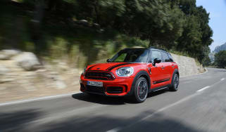 2017 MINI Countryman JCW - front tracking