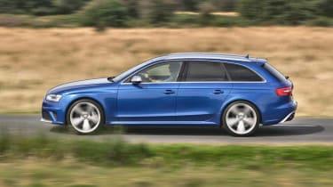 Audi RS4 Avant side profile