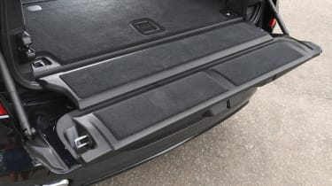BMW X7 review - tailgate