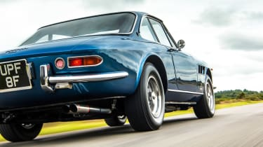 1966 Ferrari 330 GTC - low tracking
