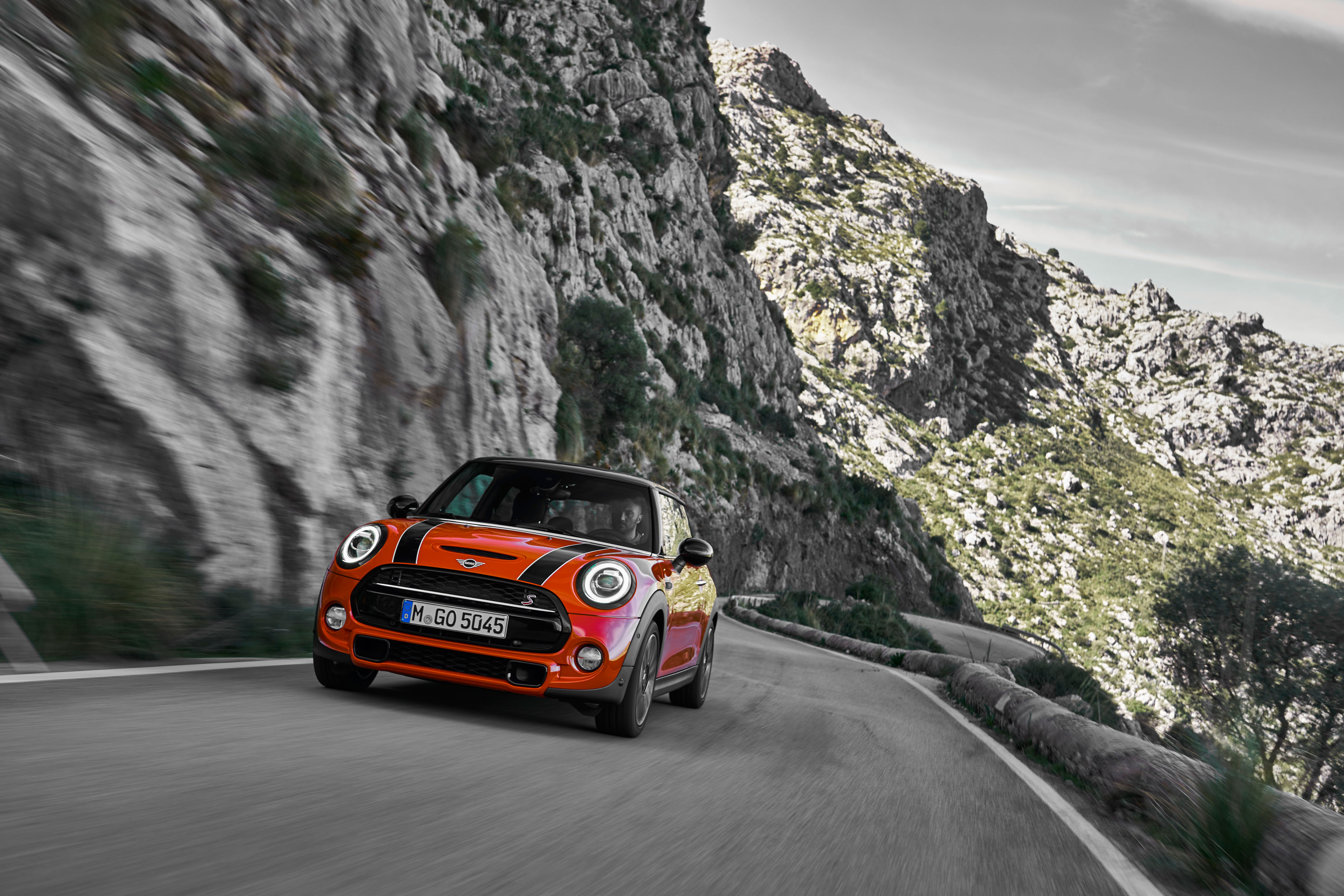New Mini Cooper S review 2018 — has a mid-life update improved the