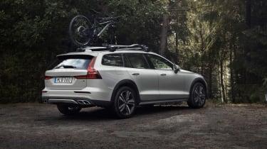 Volvo V60 Cross Country - rear quarter