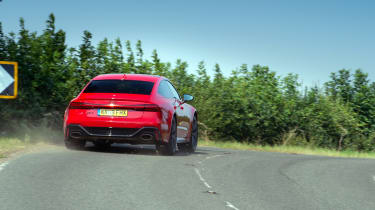 Audi RS7 vs M8 Comp GC - RS7 rear aggressive