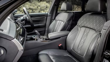 BMW 6-series GT 640i - front seats