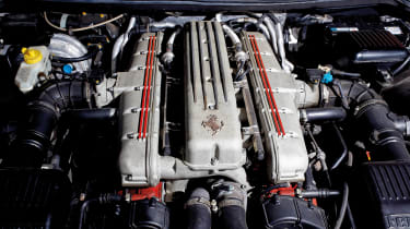 Ferrari 550 Maranello engine