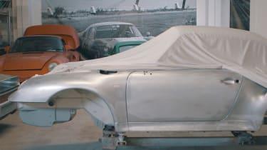 Porsche Classic project gold side