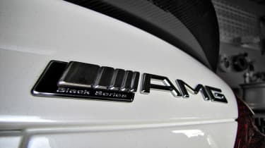 Renntech Mercedes SL65 Black badge