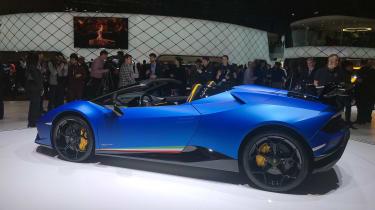 Lamborghini Huracan Performante Spyder - front quarter