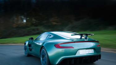 Aston Martin One-77 - fornt