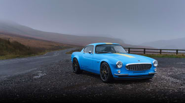 Volvo P1800 Cyan Racing – front static