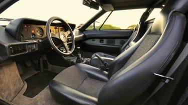 BMW M1 – interior