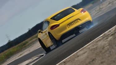Porsche Cayman S drift TCOTY