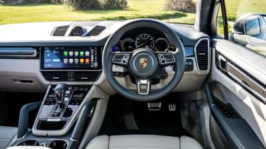 Porsche Cayenne Turbo S e-hybrid – interior