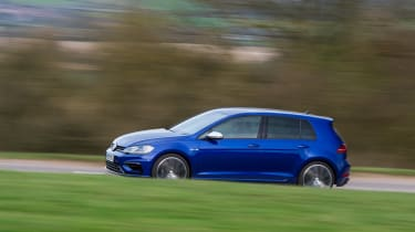 Volkswagen Golf R - side cornering