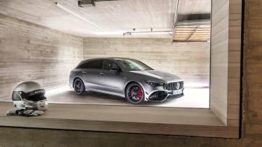 Mercedes-AMG CLA45 S Shooting Brake -quarter