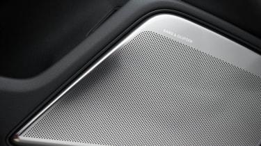 2013 Audi RS6 Avant Bang and Olufsen speaker