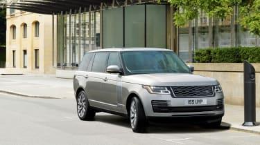 MY18 Range Rover - LWB front