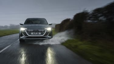Audi e-tron S Sportback - front tracking
