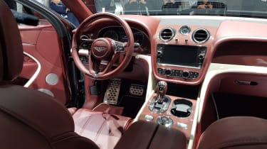 Bentley Bentayga PHEV – interior