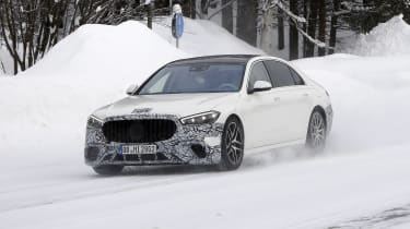 Mercedes-AMG S63 2021 spy 2 front tracking