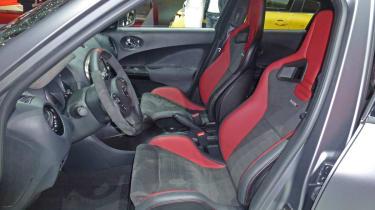 Nissan Juke Nismo RS interior sports seats