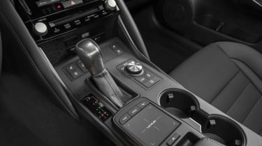 Lexus IS500 F Sport - console