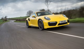 991.2 Porsche 911 Turbo S - front tracking