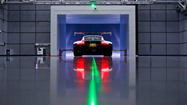 Porsche 911 RSR -