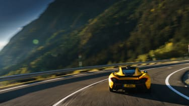 McLaren P1 yellow DS - rear tracking