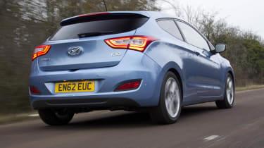Hyundai i30 three-door rear blue