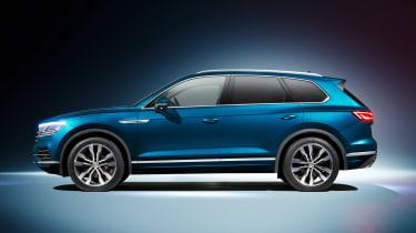 Volkswagen Touareg - side