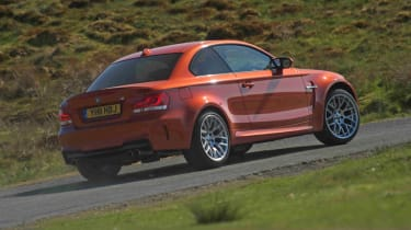 BMW 1M review red rear
