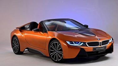 BMW i8 Roadster - front wing