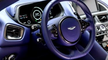 Aston Martin DB11 V8 - interior 2