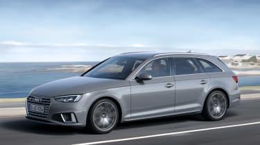 Audi A4 refresh 2018 - front quarter