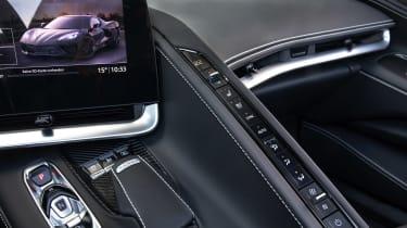 Chevrolet Corvette C8 Cab EU review – buttons