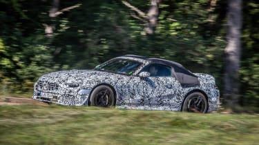 Mercedes SL spy 2020 - front quarter