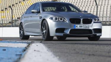 BMW M5 2013 front