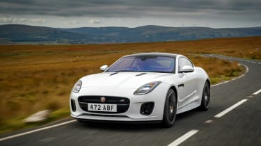 Jaguar F-Type Chequered Flag edition - front quarter